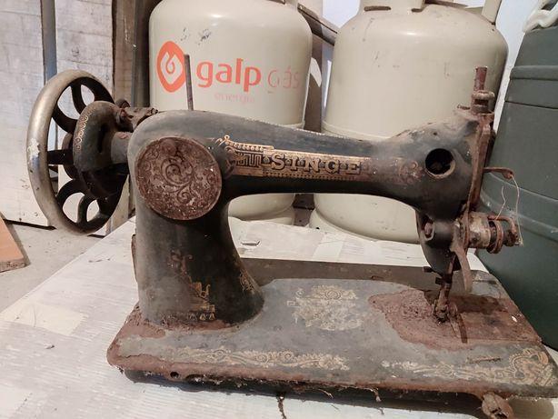 Máquina de costura vintage Singer Manufarturing