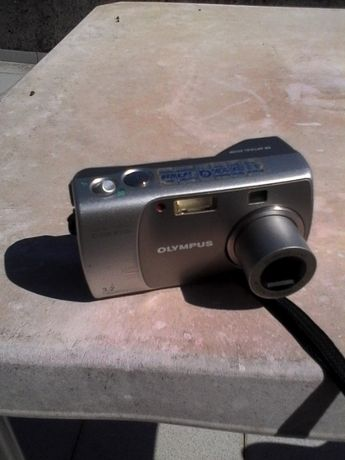 Máquina fotográfica olympus c-310