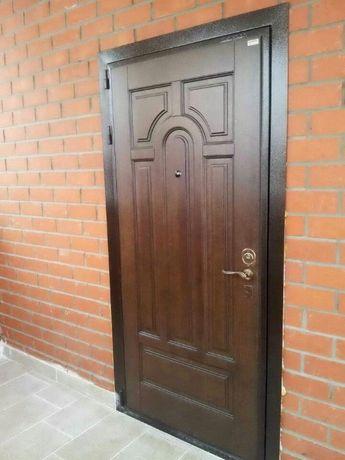 Установка дверей входных, металлических