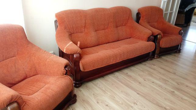 Kanapa i dwa fotele