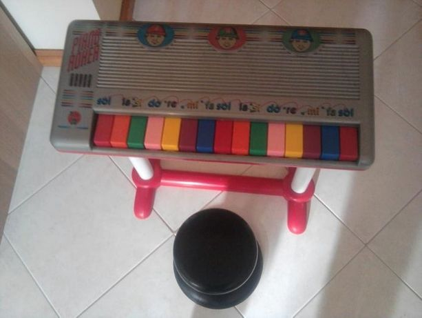 Piano de criança