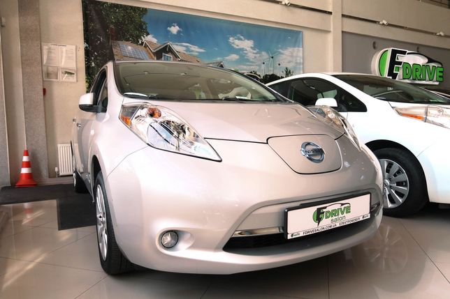 Nissan Leaf S 30 кВт аукцион Манхейм Ниссан Лиф Manheim