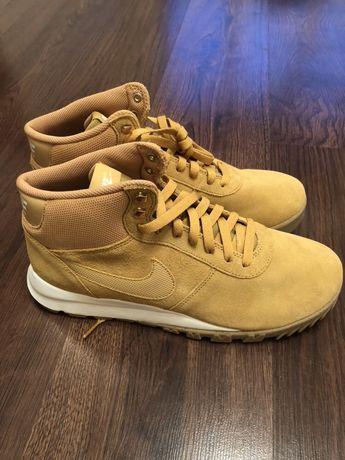 Ботинки nike hoodland ориг черевики замшеві nike демісезонні 44 розмір