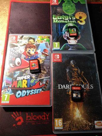 Nintendo switch: Super Mario Odyssey , Luigi's Mansion 3, Dark Souls