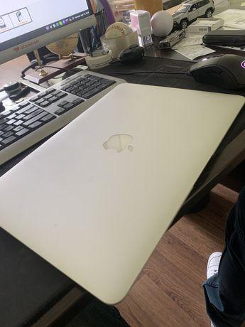 Macbook air 13 2014 i5/4/128