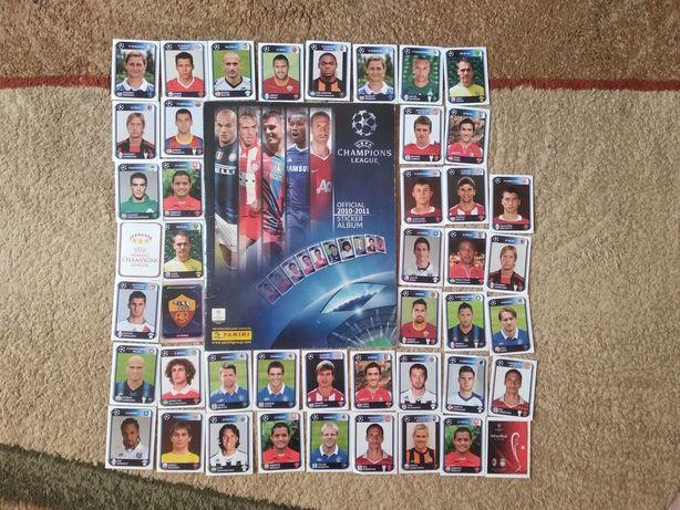 Журнал з наліпками футболістів