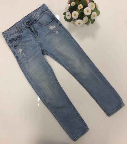 Zara miękkie jeansy 122 cm 7 lat rurki błękitne jak nowe