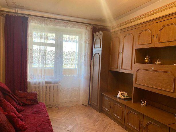 ПРОДАЖ! Пасічна/ Лисинецька! 2 кімнатна квартира з ізол. кімнатами!