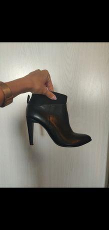 Clarks botki czarne skórzane 38 na obcasie szpilce eleganckie