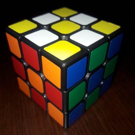 Продам кубик-рубика smart cube с наклейками