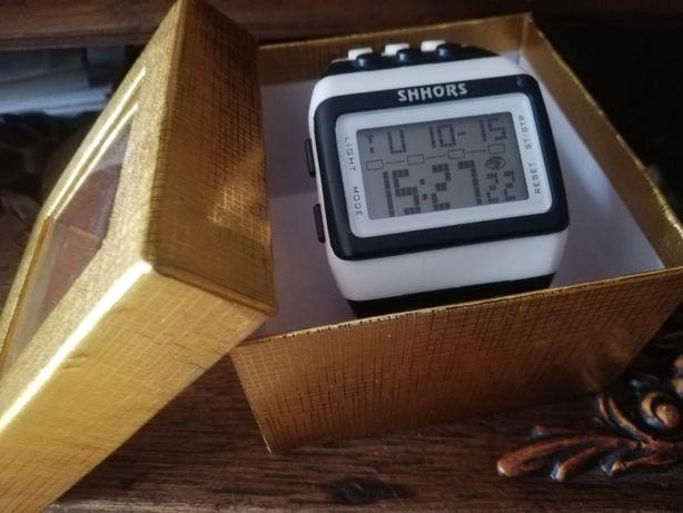 Sprzedam zegarek marki Shhors, podświetlenie Indiglo, stoper, alarm