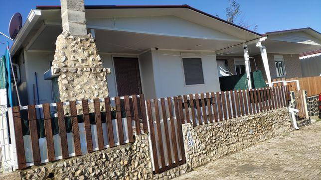 Linda Moradia T2 com uma Vista Única para os Campos, no Parque Verde