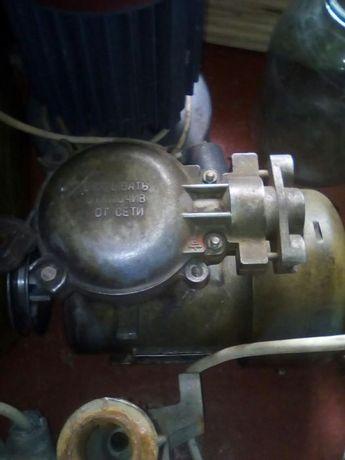 Електро мотор 3 фазный