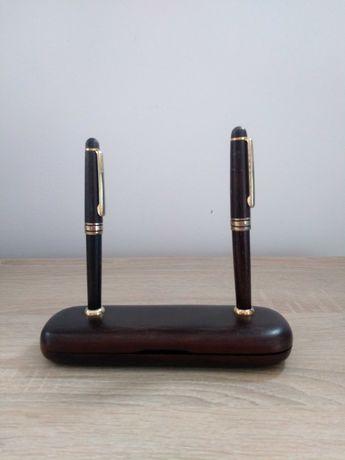 Stary drewniany sygnowany komplet pióro i długopis w etui.