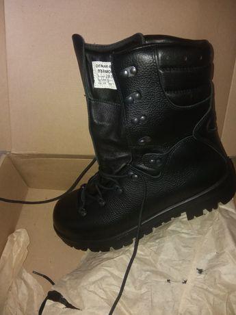Wojskowe buty zimowe DEMAR rozmiar. 28,5