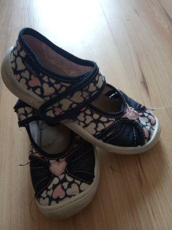 Buty kapcie  dla dziewczynki 29