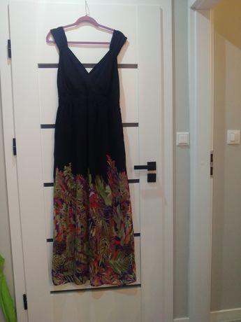 Piękna długa sukienka