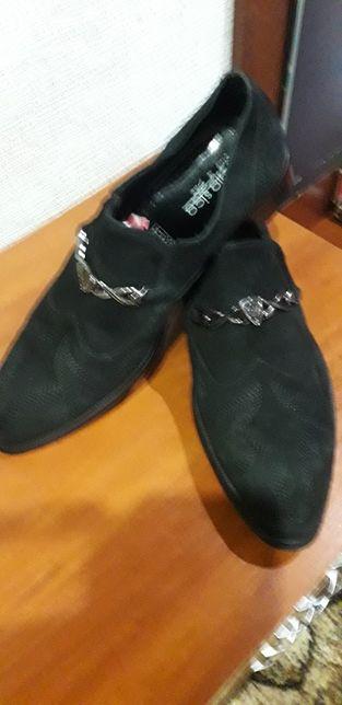 Продам туфли замшевые мужские