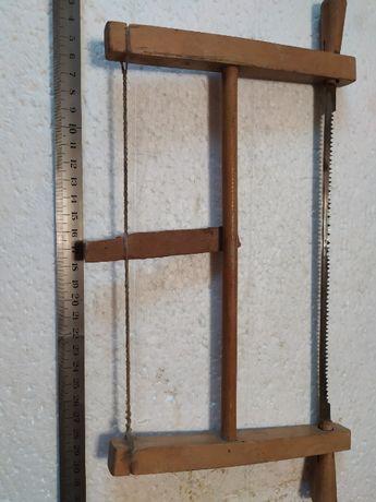 Небольшая подгоночная лучковая пила (20х17см.)