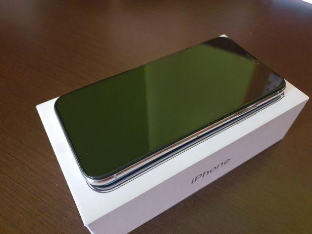 Apple iPhone X 64GB Silver uszkodzony