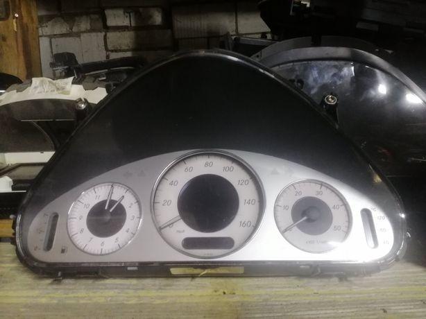 Mercedes w211 щиток приборів панель приборов