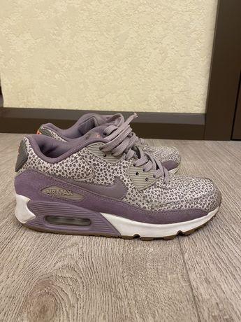 Nike air кроссовки женские