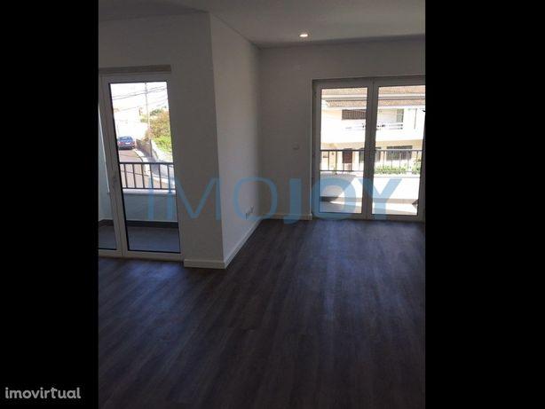 Apartamento T3 para Arrendamento em Porto Salvo