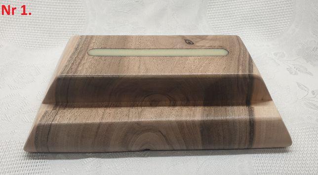 Podstawka/stojak na telefon z drewna Orzecha Włoskiego