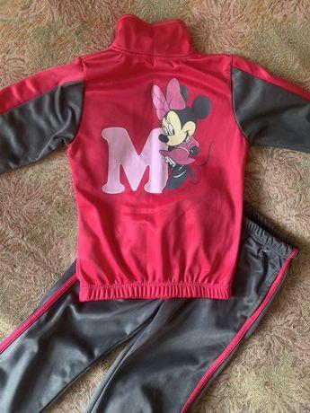 Спортивный костюм от Disney рост 110