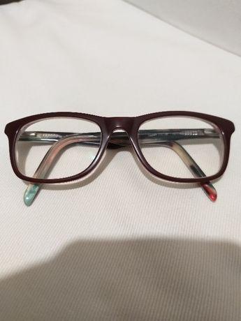Oculos marca PUMP - menina 12 aos 14 anos