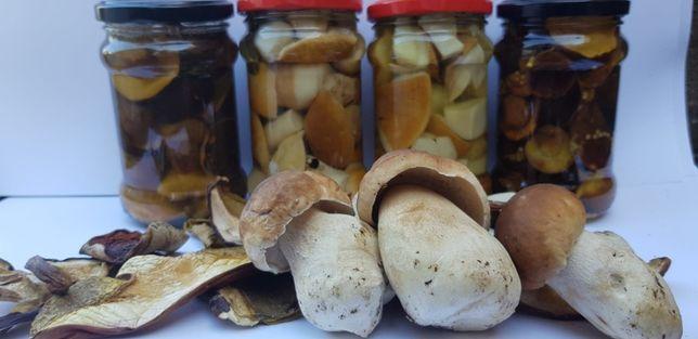 domowe grzyby marynowane suszone syrop z pigwy borowiki podgrzybki
