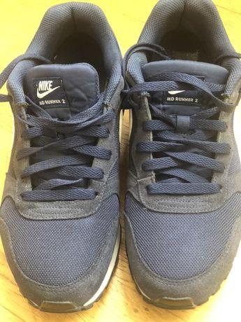 Продам кросівки Nike бу