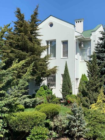 Продается дом в Суворовском районе (Золотой треугольник) RS