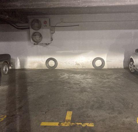 Lugar de Garagem em Telheiras