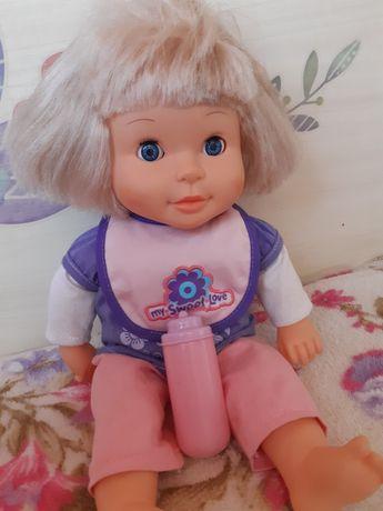 Разговаривает кивает головой Интерактивная кукла