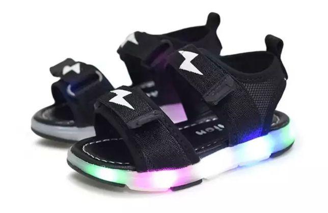 Buty, sandały z ledami dla dzieci buty świecące