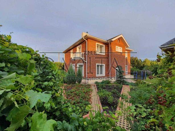 Продажа 2-этажного дома 355 м2 в г. Обухов