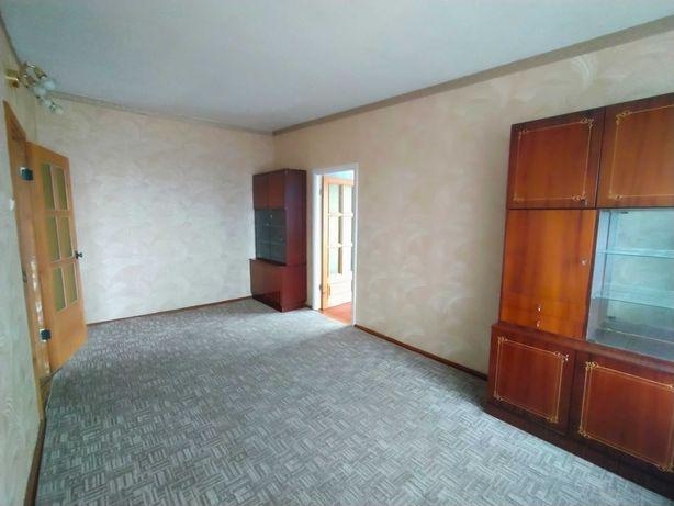 Продам двокімнатну квартиру у центрі Луцька. Можливий торг.