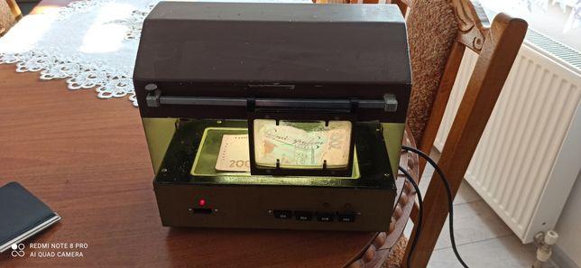 Продам детектор валют,старенький но робочий.