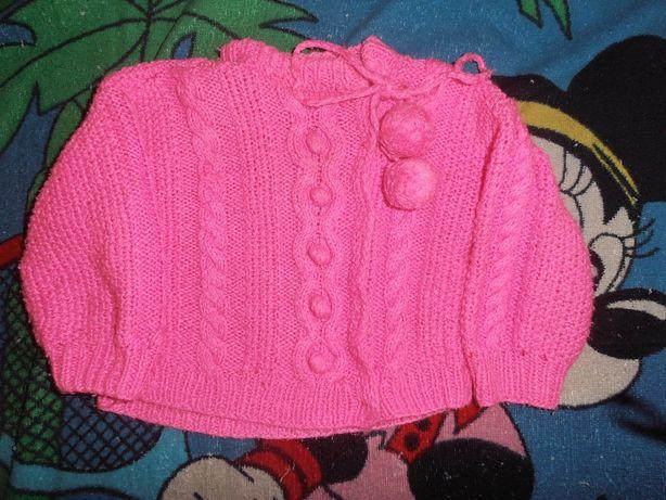свитер-кофта на маленькую девочку . примерно на годик