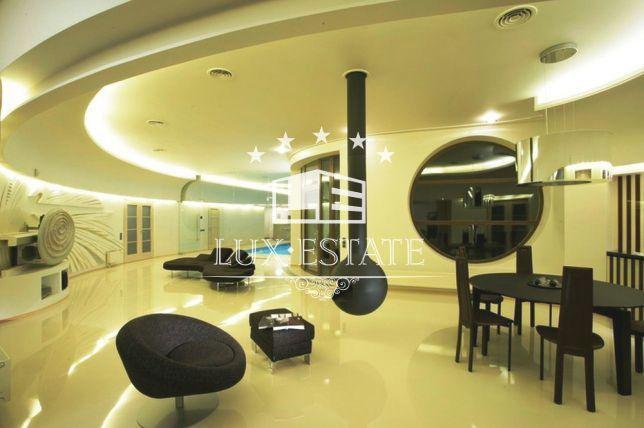Lux-Estate предлагает купить элитный дом в Конча-Заспе, Козин
