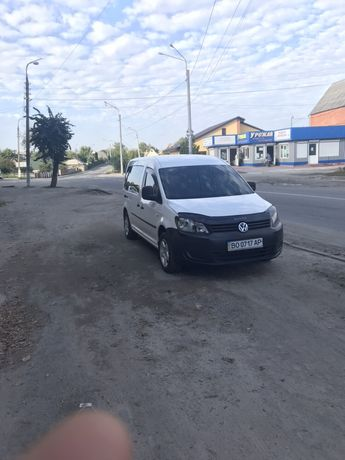 Volkswagen caddy пасажир MAXI 2012