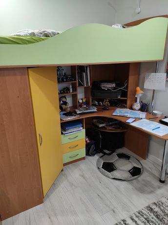Мебель в детскую комнату, кровать-чердак