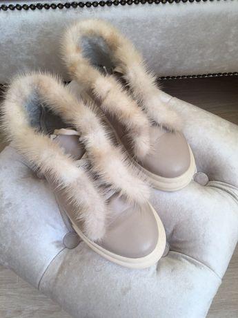 Лоферы,ботинки, зимние натуральная кожа и норка.