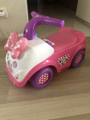 Толокар машина для девочки