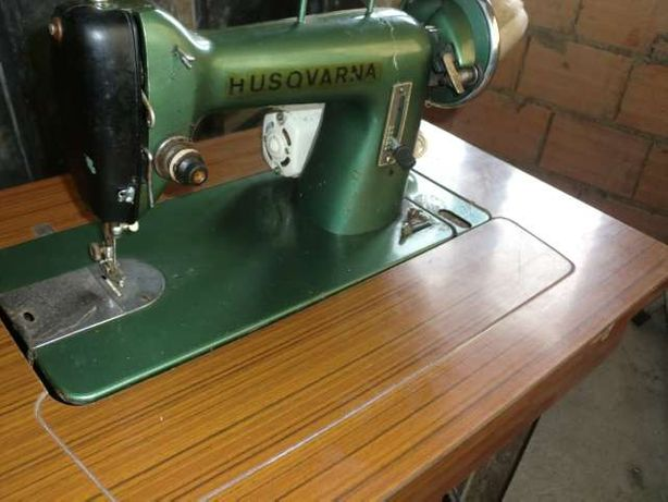 Maquina de costura HUSQVARNA