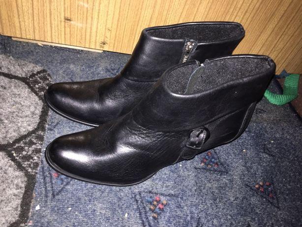 Obcasy szpilki buty obuwie czarne Lasocki 40