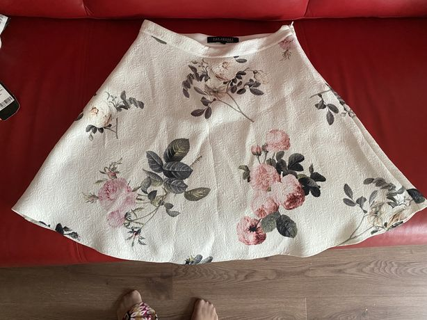Spódnica w kwiaty 38 Quiosque