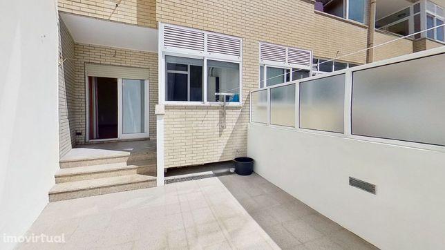 Apartamento T2 com Terraço ao Bonfim - Porto