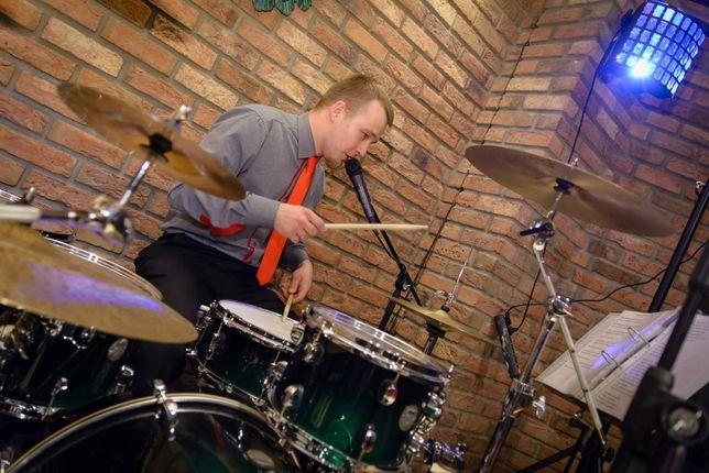 Perkusista szuka zespołu wesela itp